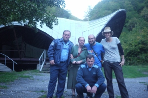 Us with the cops. Photo by Emée - http://ohmyroad.eu