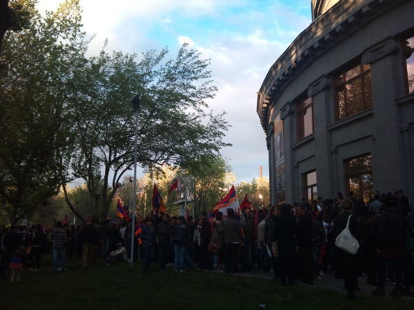 Post-election protest outside Opera