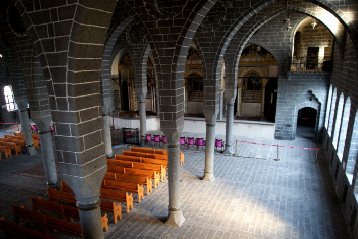 Diyarbakır, Turkey, Kurdistan, Armenia, hitchhiking, history, adventure, travel, genocide, St. Giragos Armenian Church